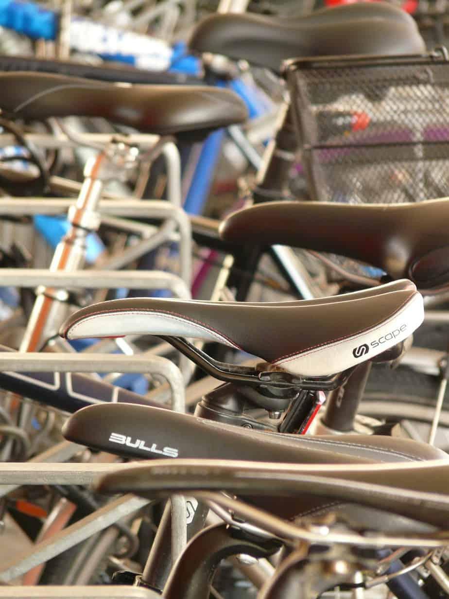 choosing a bike saddle